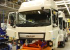 10s - 50 years of DAF production in Belgium - Westerlo - Vlaanderen - Building a new cab
